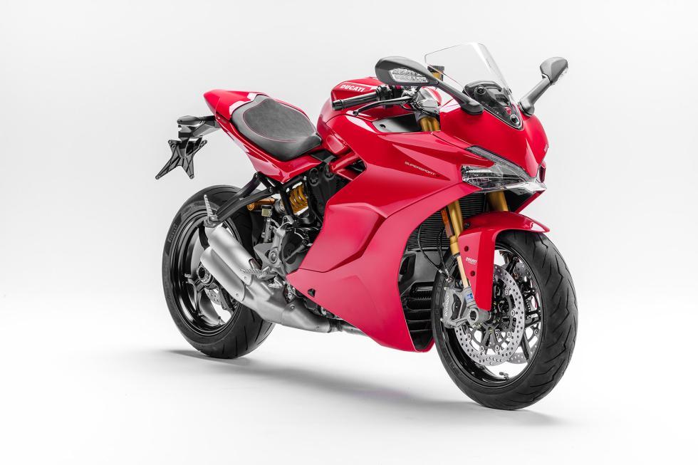 Ducati-SuperSport-2017-5