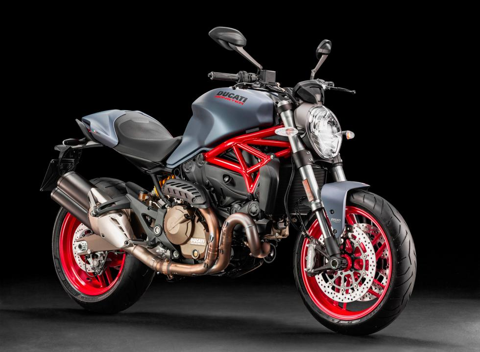 Ducati-Monster-821-2017