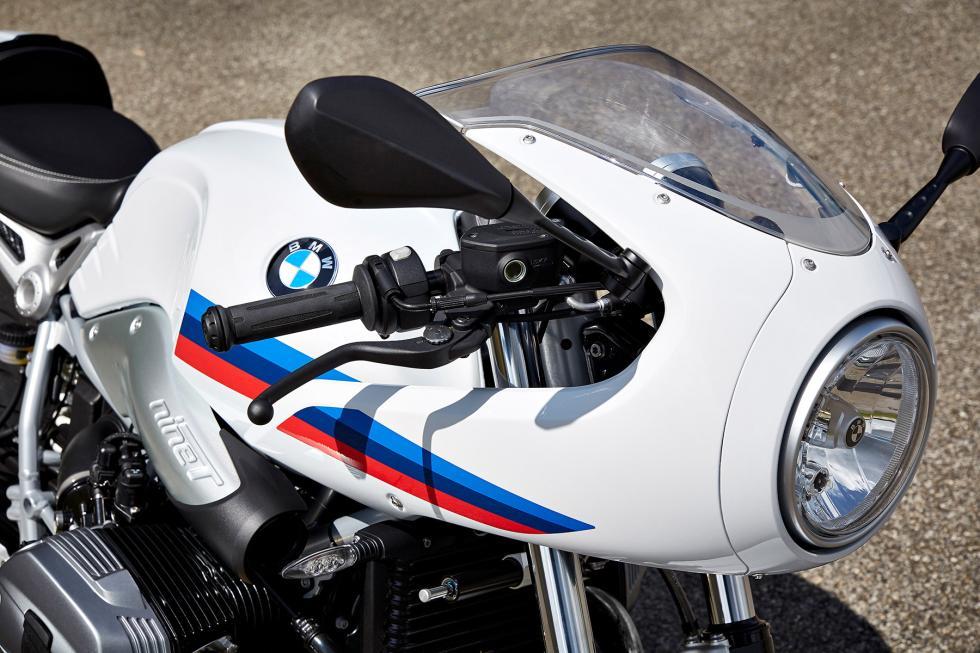 BMW-R-nineT-Racer-2017-6