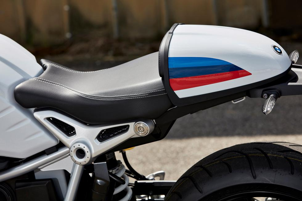 BMW-R-nineT-Racer-2017-7