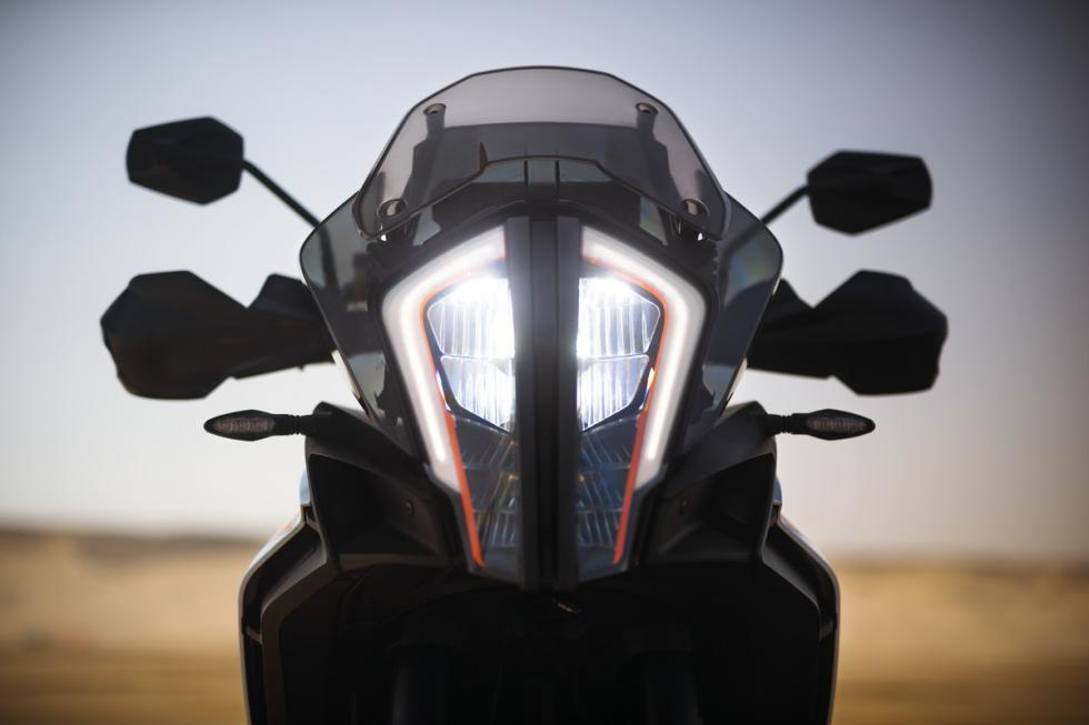 KTM-1290-Super-Adventure-2017-3