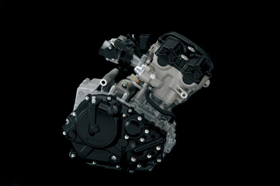 Suzuki-GSX-R-125-2017-9