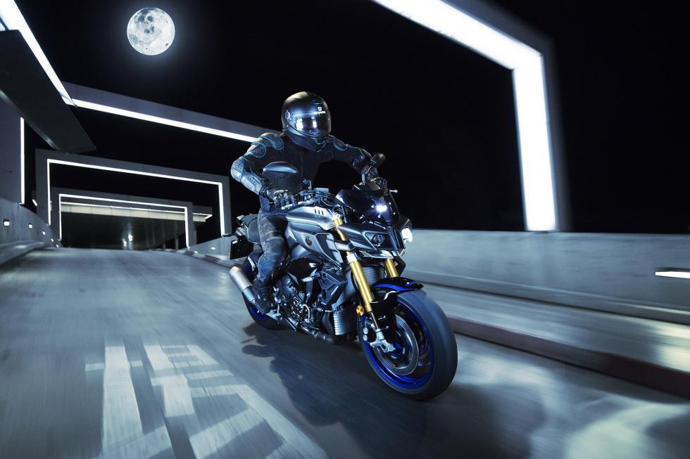 Yamaha-MT-10-SP-2017-6