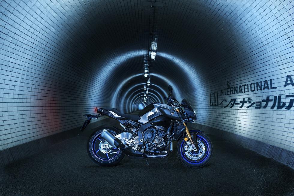 Yamaha-MT-10-SP-2017-10