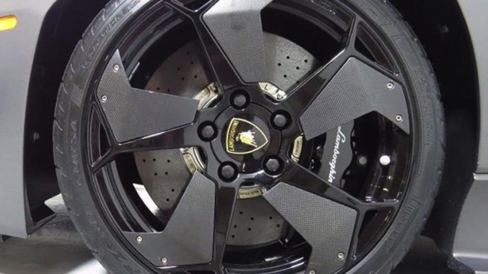 Lamborghini Reventón rueda