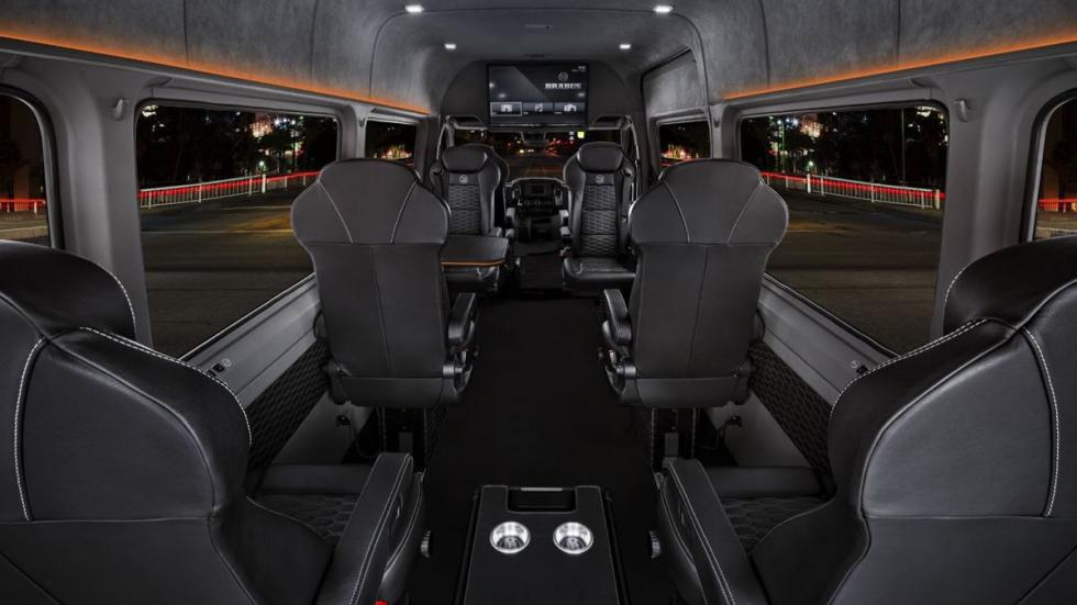 Brabus VIP Conference Lounge habitáculo