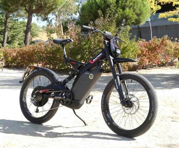 Prueba-Bultaco-Brinco-S-homologada-estática-lateral