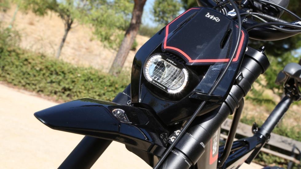 Prueba-Bultaco-Brinco-S-homologada-faro