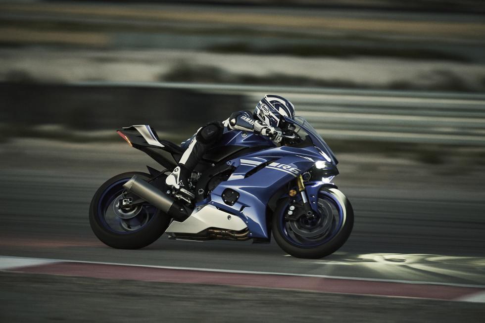 Yamaha-YZF-R6-2017-6