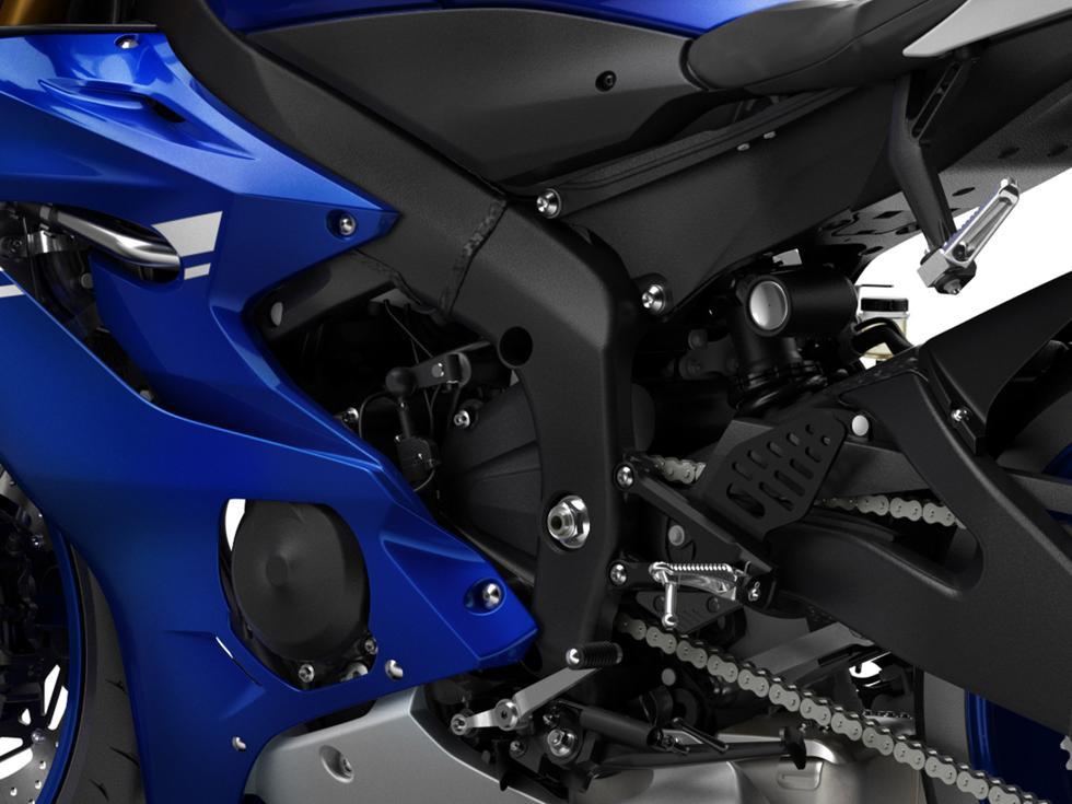 Yamaha-YZF-R6-2017-10