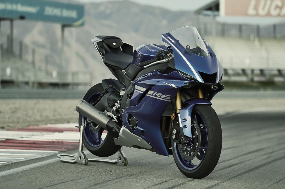 Yamaha-YZF-R6-2017-13