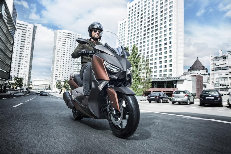 Nuevo-Yamaha-X-Max-300-3