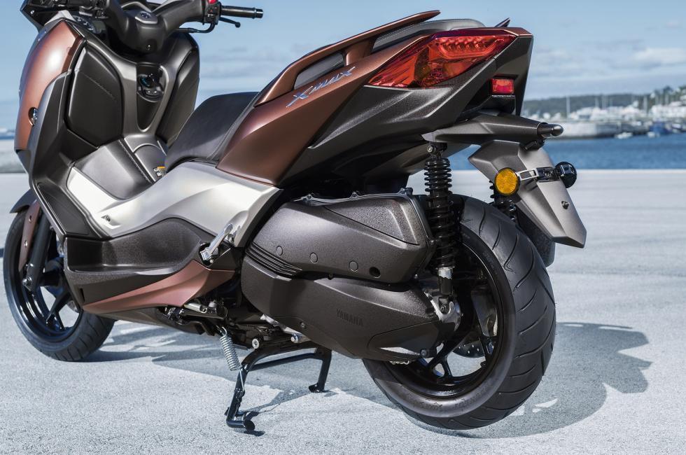 Nuevo-Yamaha-X-Max-300-9