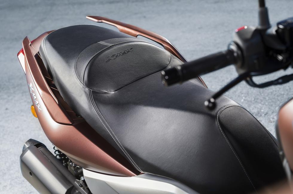 Nuevo-Yamaha-X-Max-300-10