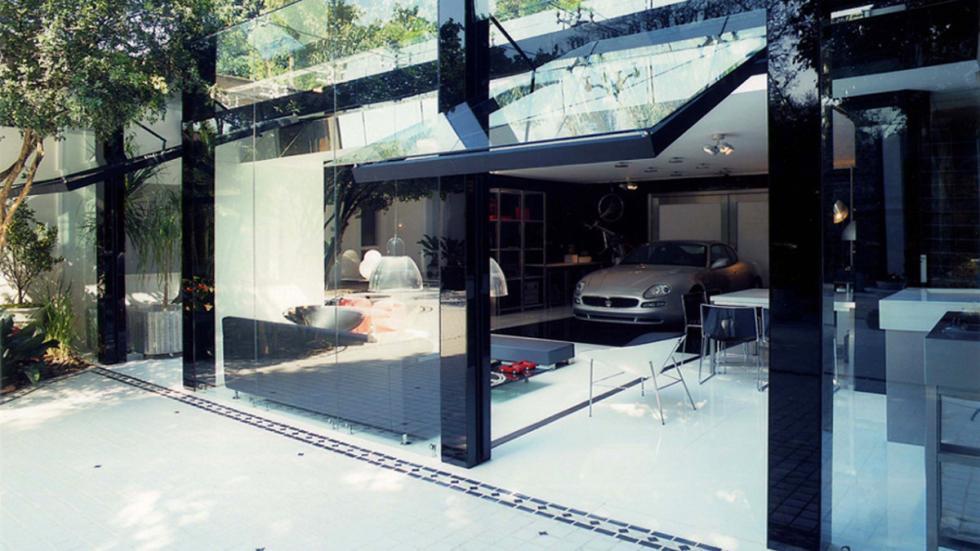 casas-ensueño-garaje-salón-brasil