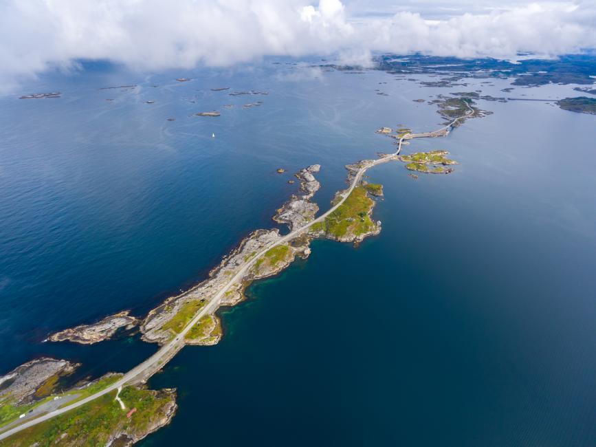 Atlanterhavsveien, Noruega.