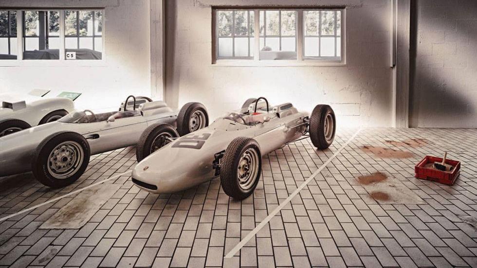 Almacén de coches Porsche