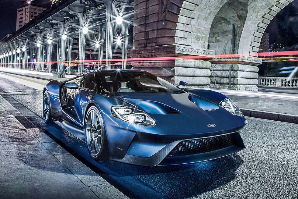 Ford GT. Unos 300.000 euros. Solo 250 ejemplares por año. En 2017.