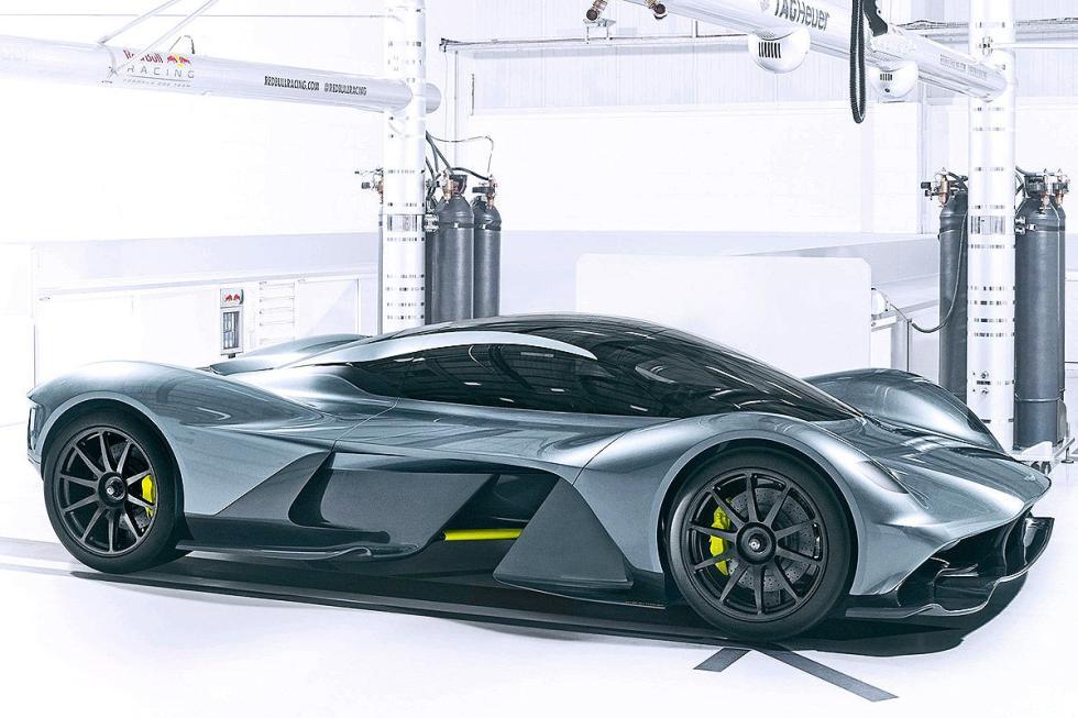 Aston Martin AM-RB 001. Unos 2,3 millones de euros. En 2019. Desarrollado junto
