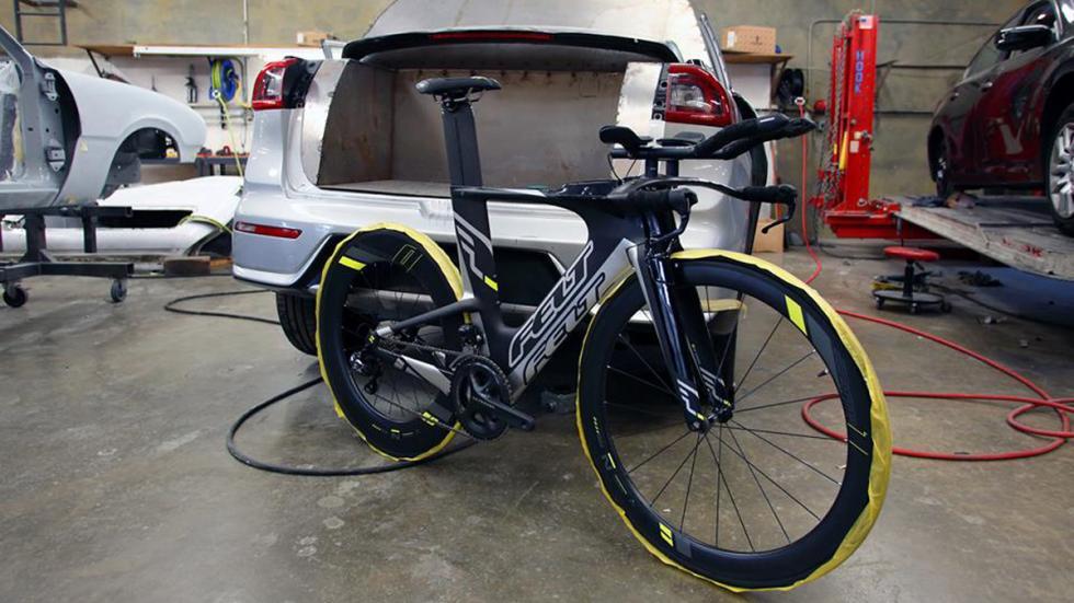 Kia Niro pick-up SEMA Show 2016 bicicleta
