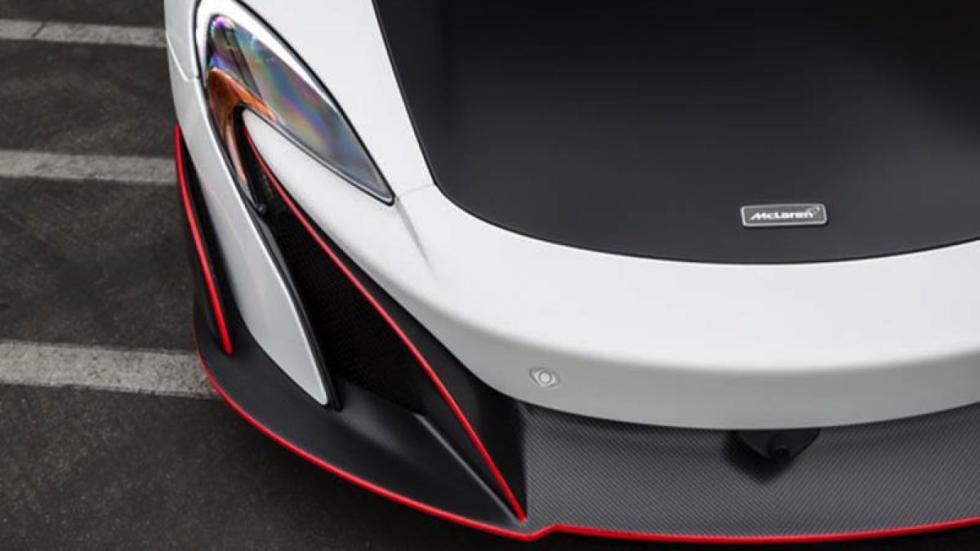 McLaren 675LT faro delantero