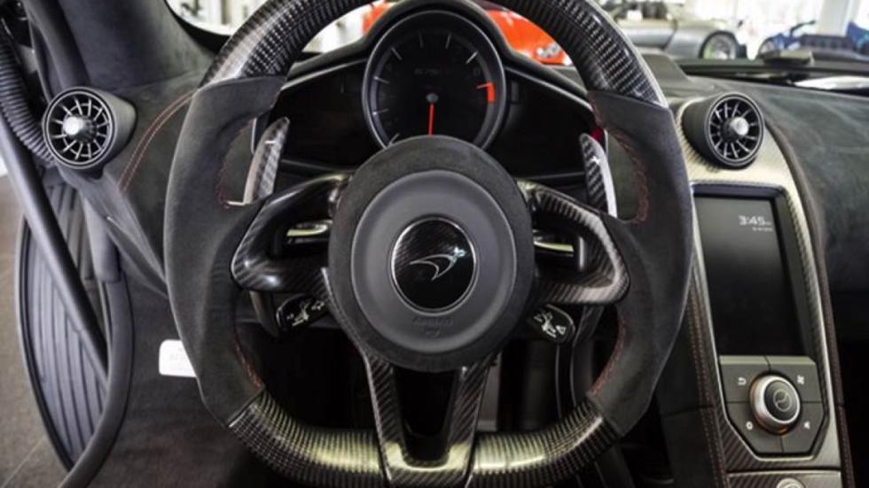 McLaren 675LT volante