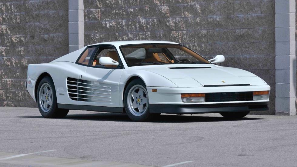Ferrari Testarossa blanco
