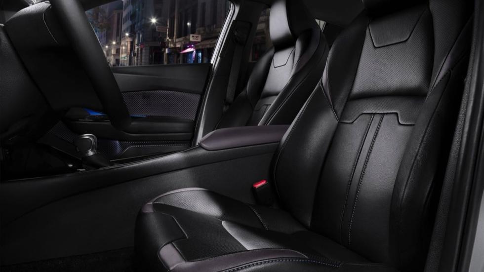 Toyota C-HR 2016 asientos