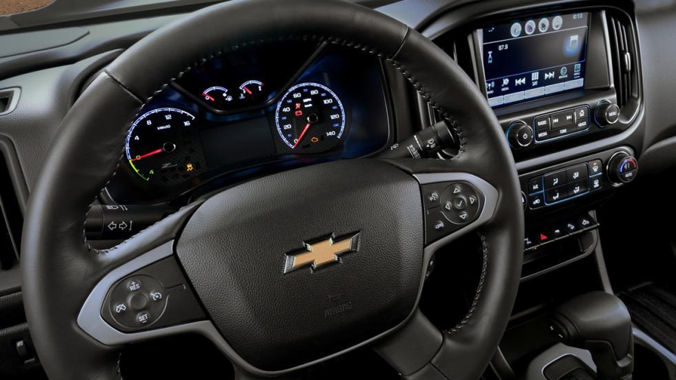 Chevrolet Colorado ZH2 FCEV cuadro mandos