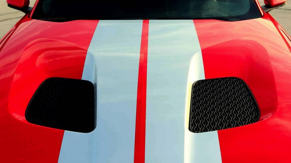 Ford GTT capó
