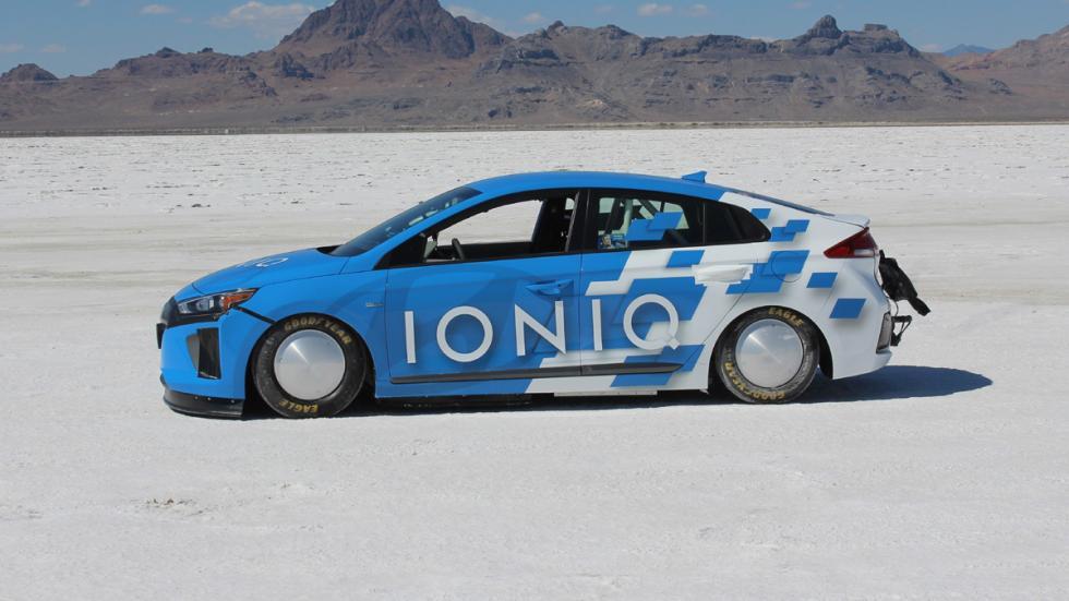 Hyundai Ioniq Hybrid récord velocidad perfil