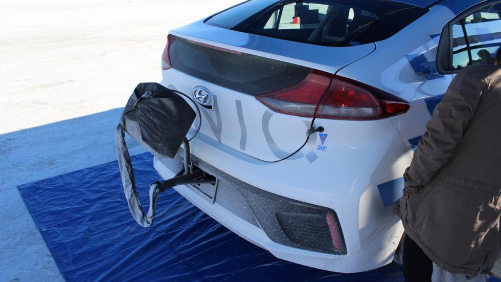 Hyundai Ioniq Hybrid récord velocidad trasera