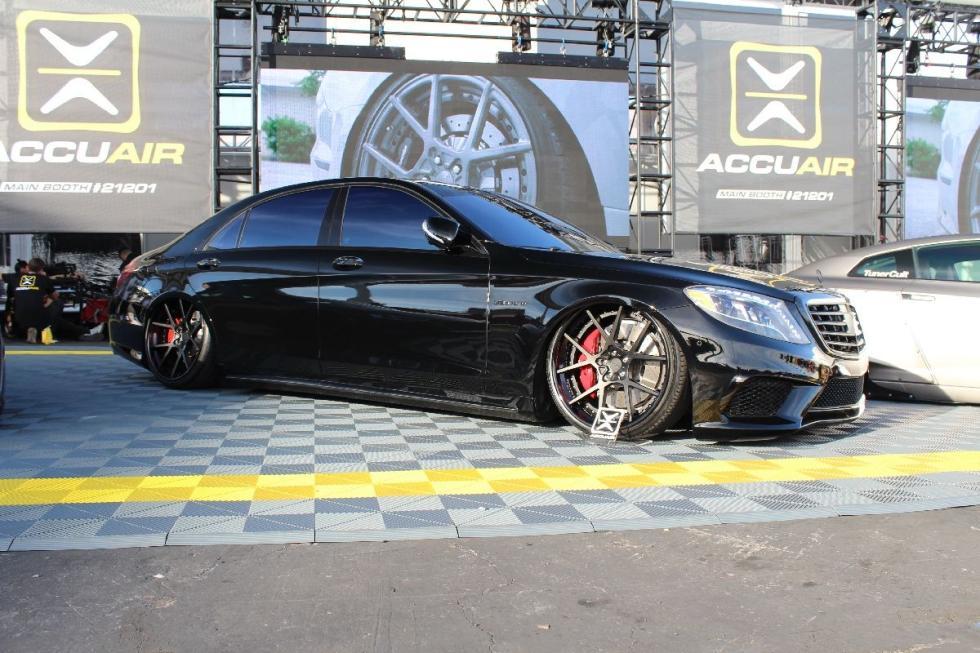 A ras del suelo los 16 coches m s bajos del sema 2016 for Boden autohaus x5