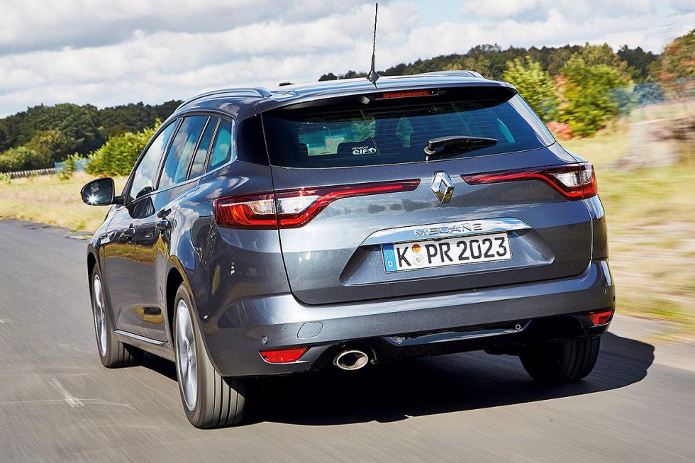 Duelo familiar: Renault Mégane vs Opel Astra y Peugeot 308