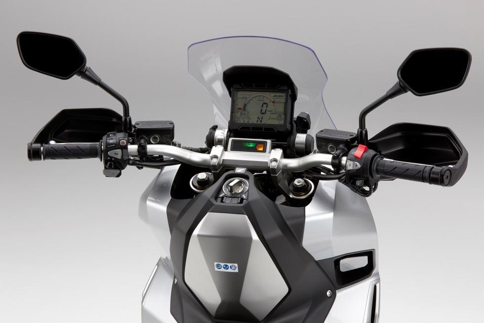 Nuevo-Honda-X-ADV-6