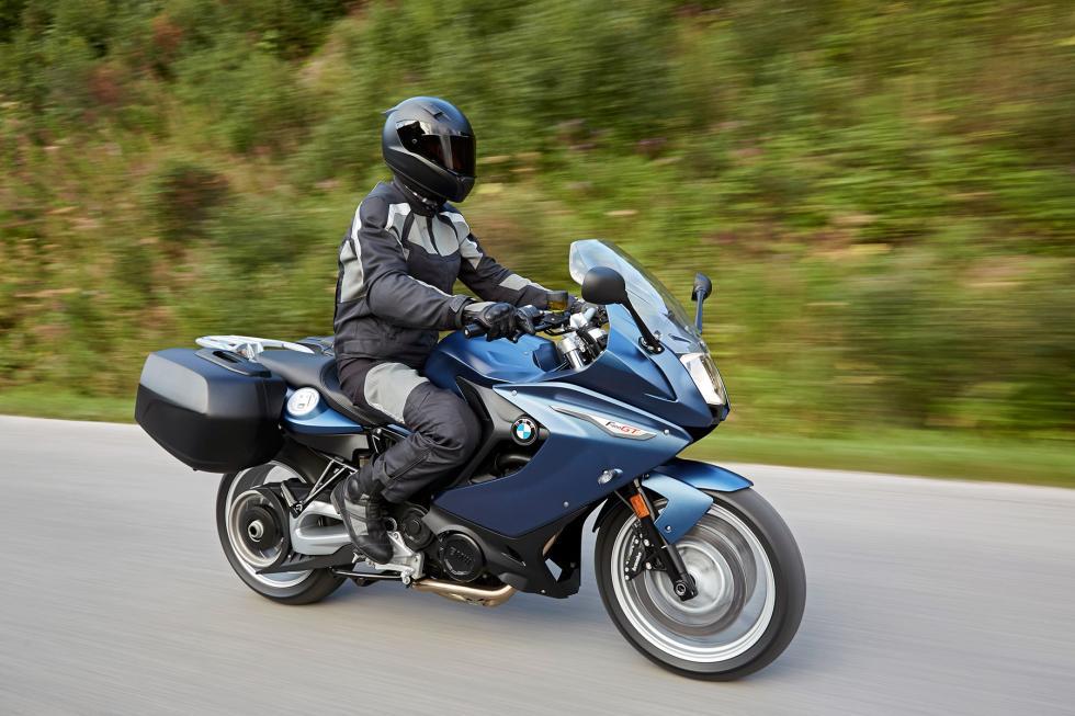 BMW-F800-GT-2017-1