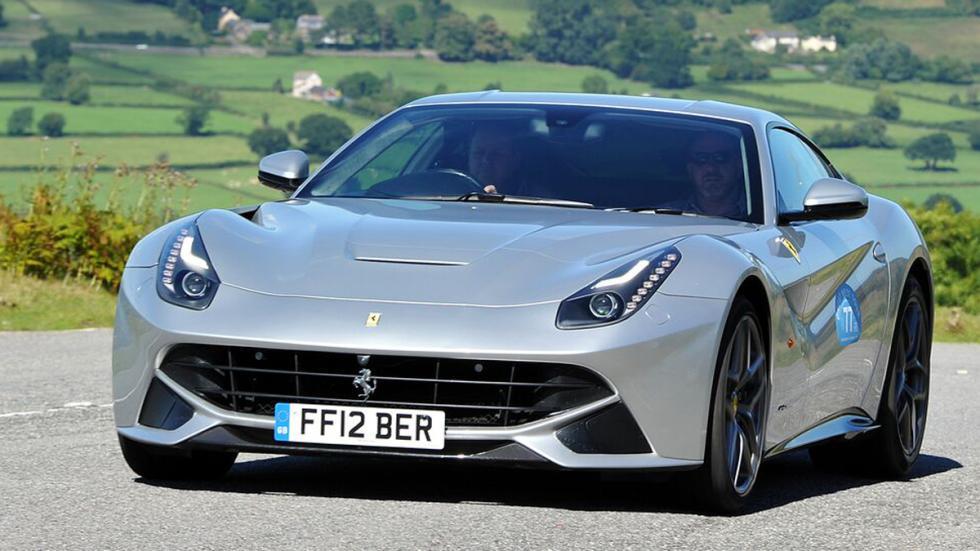 auténticos-muscle-car-no-vienen-estados-unidos-Ferrari-F12berlinetta