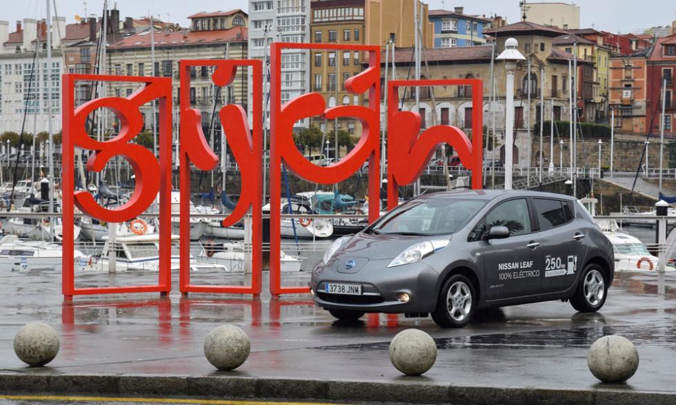 Nissan Zero Emission Tour leaf