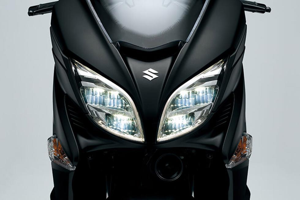 Suzuki-Burgman-400-2017-8