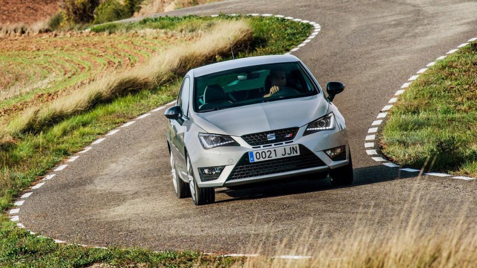 coches-ir-trabajo-divertido-Seat-Ibiza-Cupra