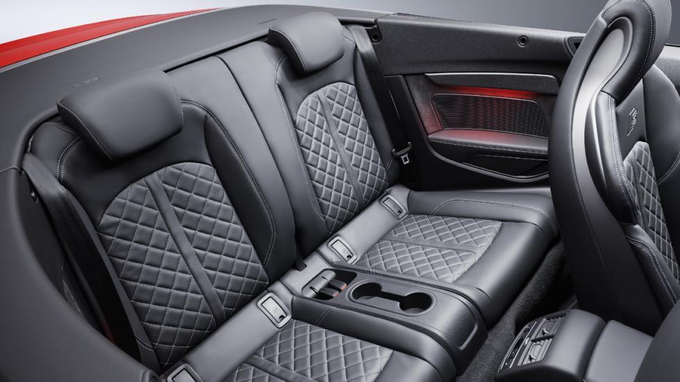 Audi S5 Cabrio 2017 plazas traseras
