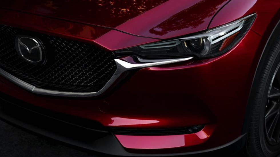 Mazda CX-5 2018 faro delantero