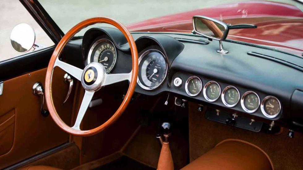 Ferrari 250 GT California Spider volante