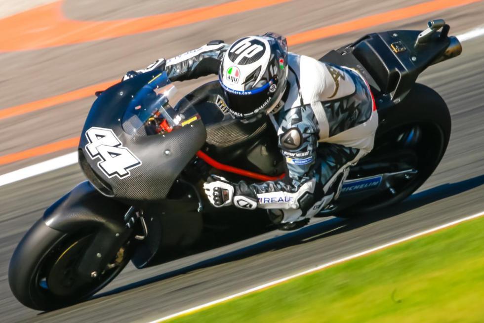 Pol-Espargaro-Test-MotoGP-Valencia-2017