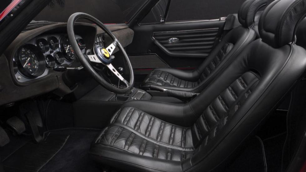 Ferrari Daytona Spider asientos