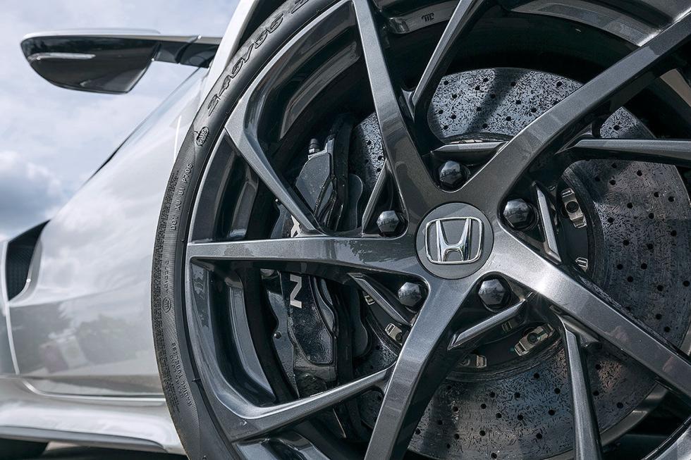Comparativa:Honda NSX/Jaguar F-Type SVR/Porsche 911 Turbo S