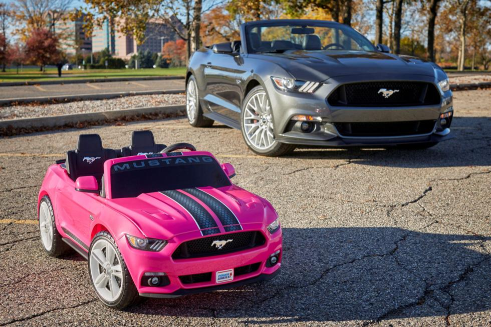 Ford Mustang de Fisher Price.