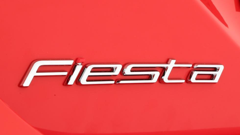 Nuevo-Ford-Fiesta-2017-logo