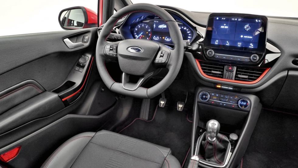 Nuevo-Ford-Fiesta-2017-interior-habitaculo