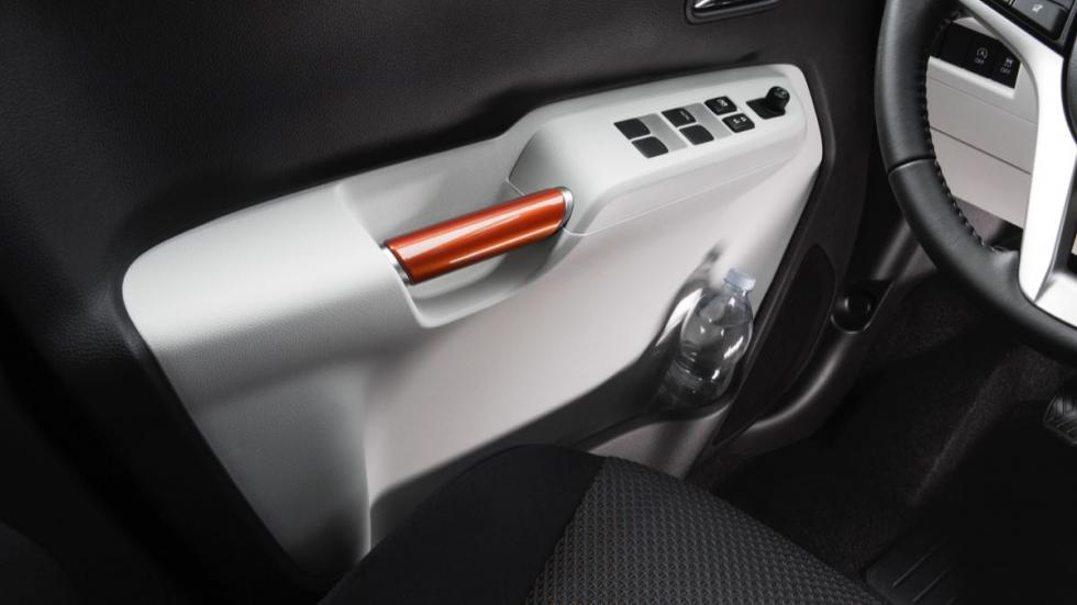 Suzuki Ignis 2017 puertas